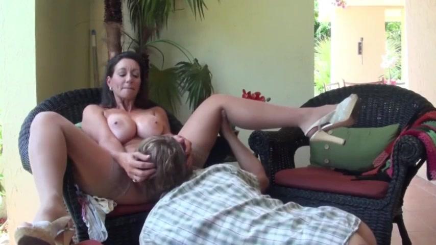 Mom Fucks Daughters Ass
